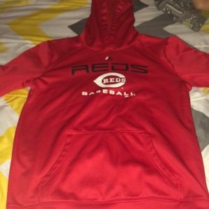 Reds baseball hoodie, new only wore it 3 times.